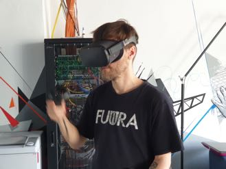 Employee wearing Oculus Quest